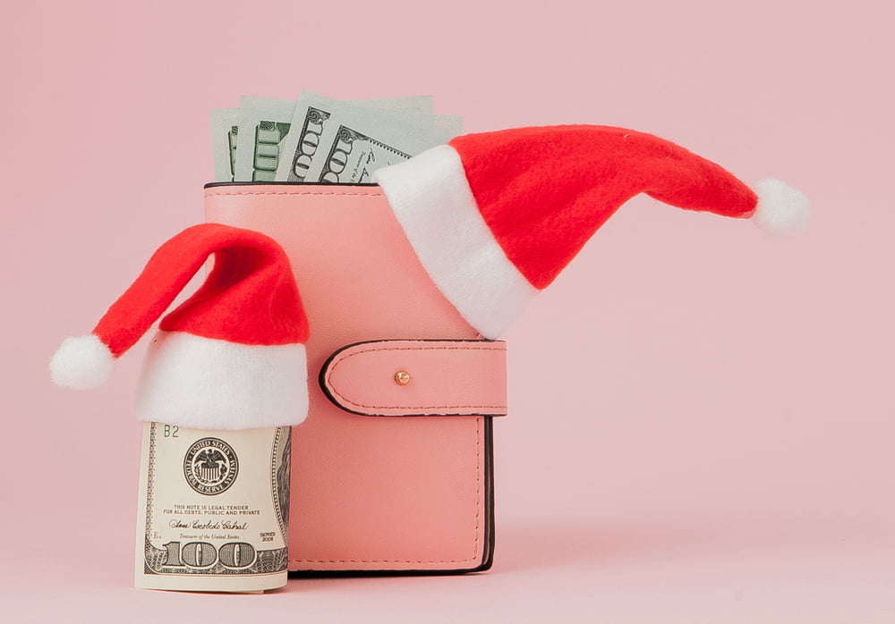 lower holiday gift expenses